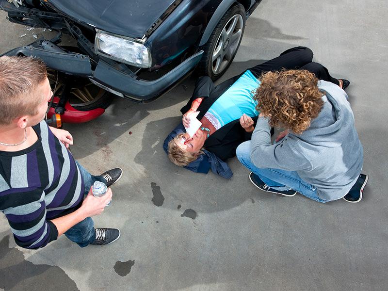 Los Mejores Abogados Especializados en Demandas de Lesiones Personales y Accidentes de Auto en Bell California