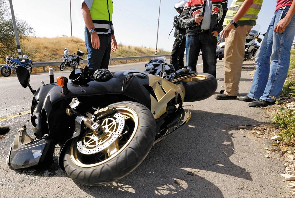 Los Mejores Abogados en Español Para Mayor Compensación en Casos de Accidentes de Moto en Bell California